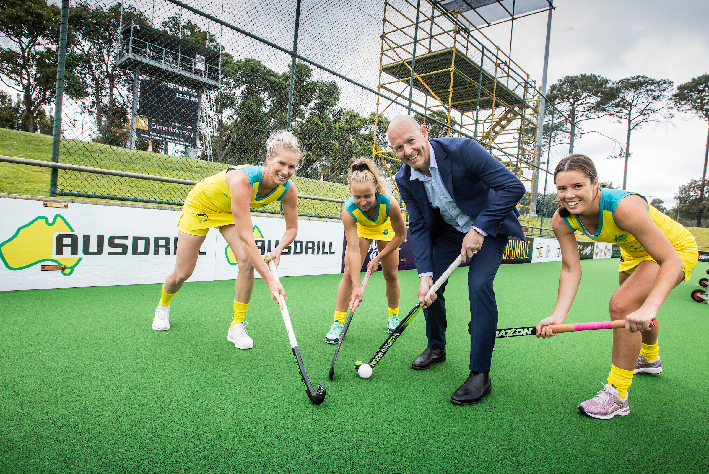 Ten up as Ausdrill renews as Hockeyroos' Naming Rights Partner • C3A8117